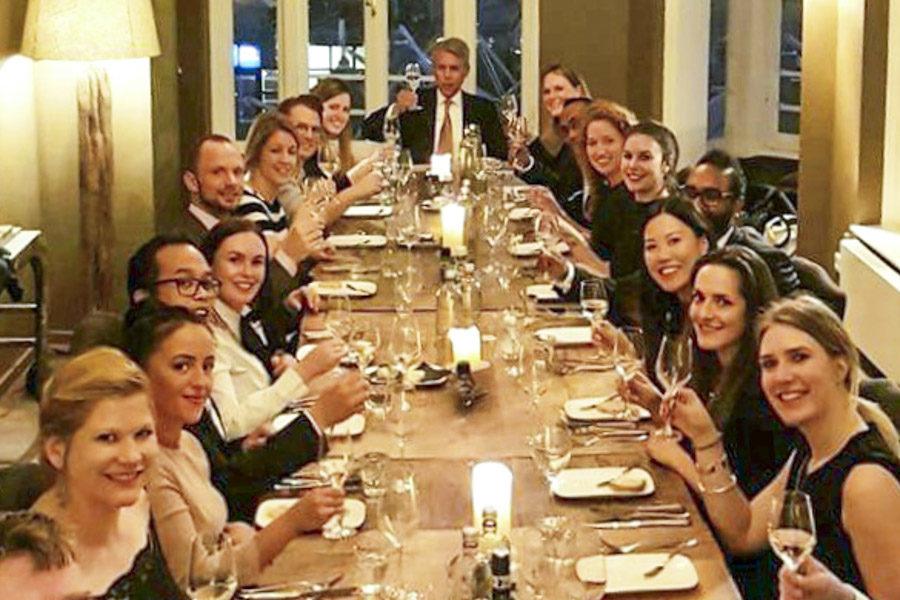 etiquette-workshop-aan-tafel-diner1